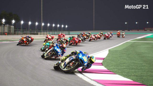 بررسی بازی MotoGP 21 گیم پلی